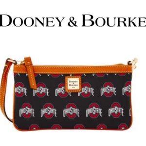 🆕 Dooney & Bourke Ohio State Wristlet
